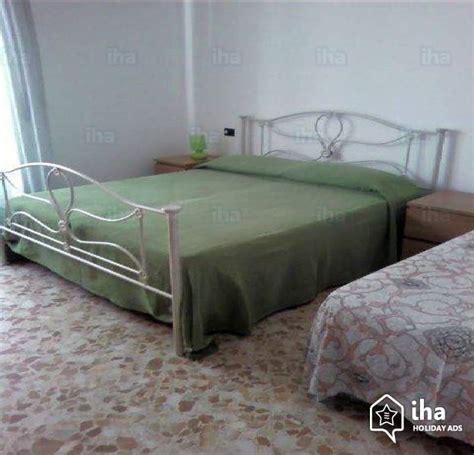 vacanze acciaroli privati appartamento in affitto in una marina a acciaroli iha 5774