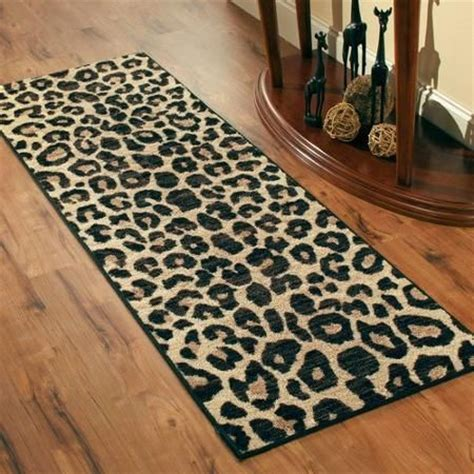 Leopard Print Runner Rug 25 Best Ideas About Cheetah Print Bathroom On Pinterest Leopard Bathroom Decor Cheetah Room