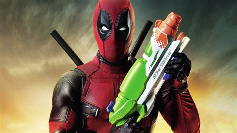 download film karya marvel full hd wallpaper deadpool marvel water gun mask desktop