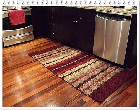 tapete croche on pinterest throw rugs crochet rugs and tapete de tapete de cozinha de croch 234 tapetes pinterest yarns