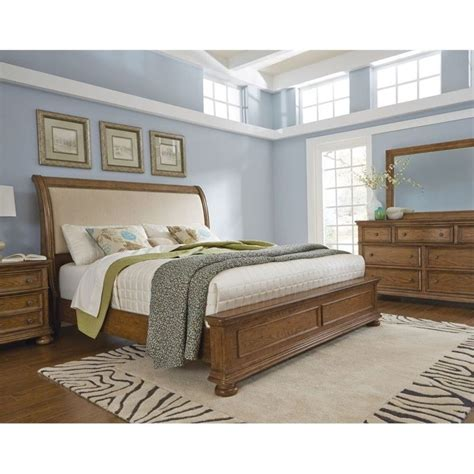 pulaski bed pulaski paxton upholstered bed in medium wood 8674