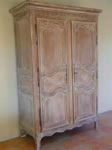 armoire ancienne revisit 233 e avec une c 233 ruse atelier de l