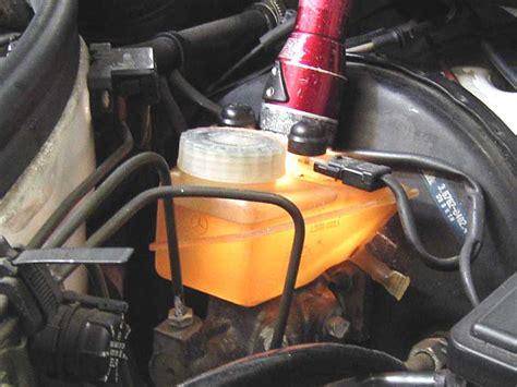 what color is brake fluid brake fluid color change peachparts mercedes forum