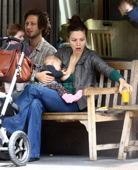 Maggie Gyllenhaal Breastfeeds In by Maggie Gyllenhaal Screenshots And Paparazzi Photos