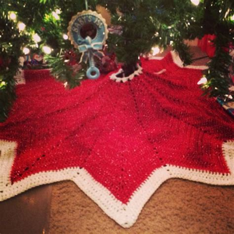 pattern crochet tree skirt 17 best images about crochet christmas tree skirt patterns