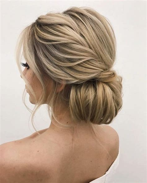 Wedding Hairstyles Classic Updo by Beautiful Wedding Updos For Any Looking For A Unique