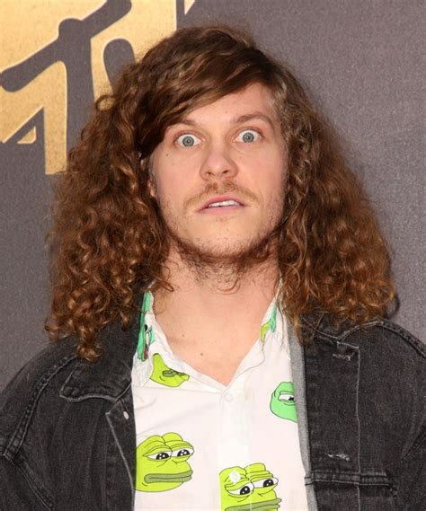 blake anderson blake anderson picture 44 2016 mtv movie awards arrivals