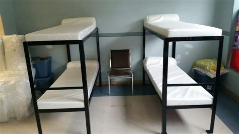 emergency shelter  northern kentucky receives bunks