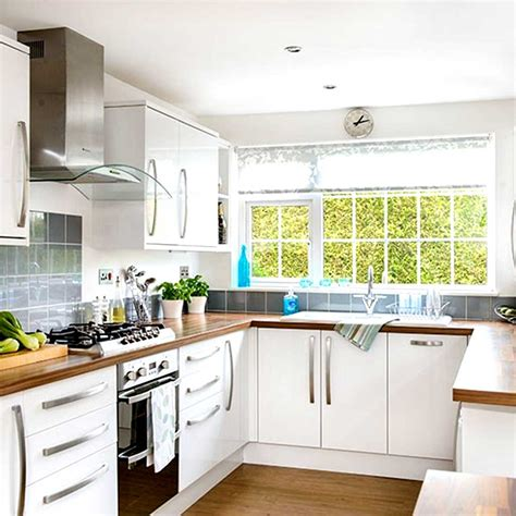 Small Home Kitchen Design Ideas Small Kitchen Designs Uk Dgmagnets