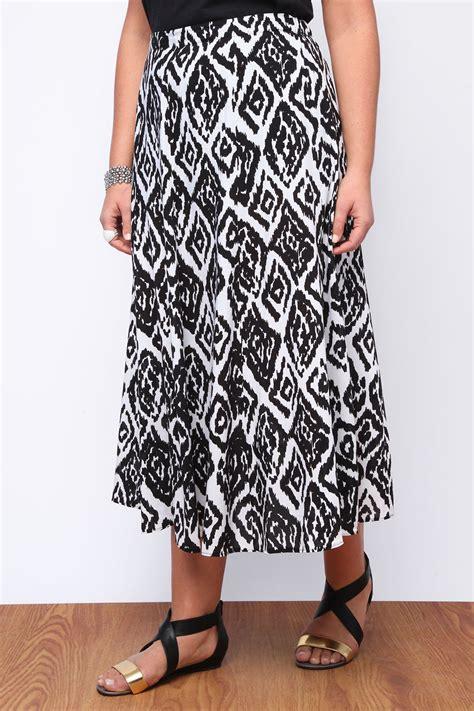 black and white aztec print maxi skirt plus size 16 18 20