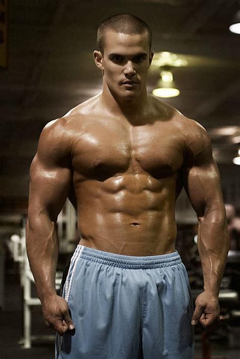 beauty  male muscle rob