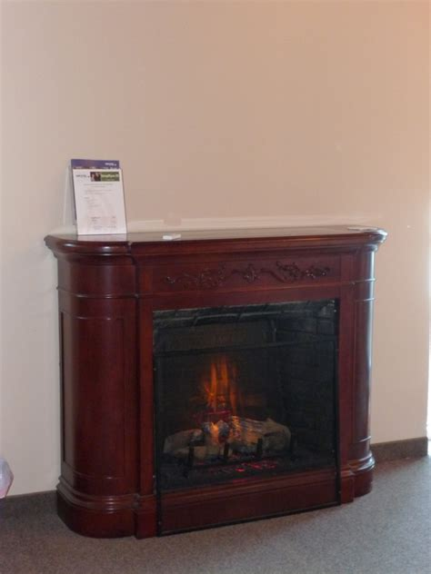 fireplace inserts milwaukee milwaukee fireplace wisconsin fireplace company electric fireplace installation waukesha