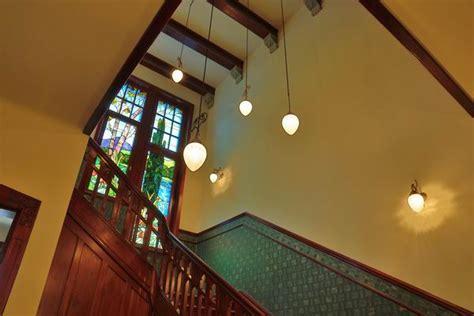 jugendstil treppenhaus treppenhaus beleuchtung in einer jugendstil villa