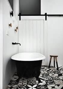 Black And White Tiled Bathrooms Top Bathroom Trends Set To Make A Big Splash In 2016