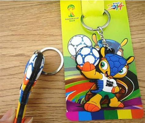 Gantungan Kunci Negara Brazil Untuk Cinderamata dinomarket 174 pasardino gantungan kunci maskot piala dunia brazil 2014 2 sisi