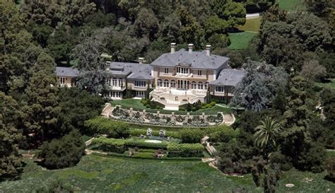 oprah winfrey house celebrity homes oprah winfrey