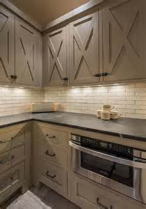 Barn Kitchen Cabinets 25 Best Ideas About Cabinet Doors On Rustic Cabinets Farmhouse Kitchen Cabinets