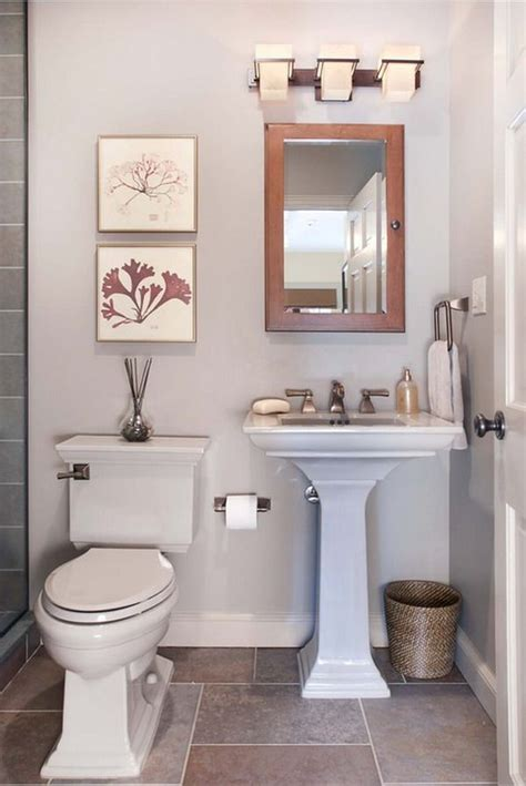 Bathroom Ideas For Small Bathrooms Pinterest by Decorating A Small Bathroom Ideas Bathrooms Pinterest