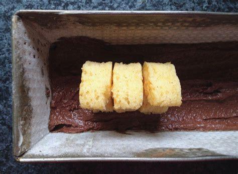 hasen kuchen osterhasen kuchen zweifarbiger kuchen mit 220 berraschungseffekt
