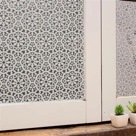 Sichtschutz Fenster Selbst Basteln by 220 Ber 1 000 Ideen Zu Fensterfolie Auf