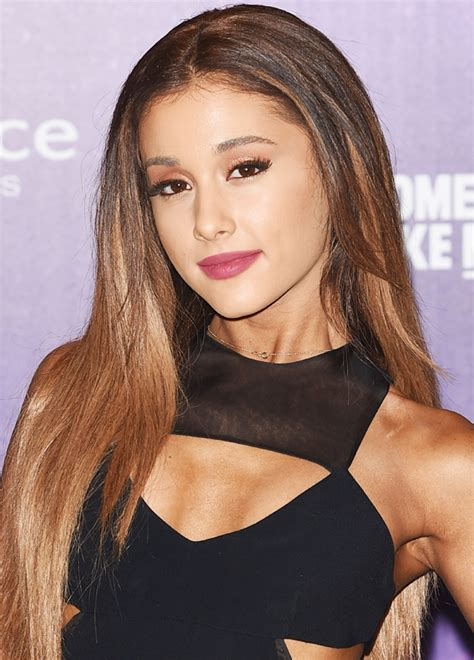 whats up with ariana grandes hair ariana grande wears her hair down at the emas instyle com