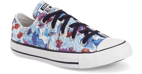 spray painting sneakers converse chuck all print ox low top