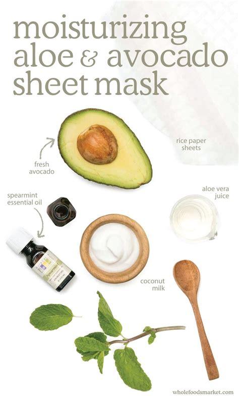 Diy Moisturizing Mask Bright Bold And Beautiful Tips For Every Skin Type Avocado Mask Aloe And Masking
