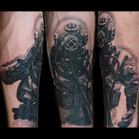 scuba tattoos 1000 ideas about scuba on diving