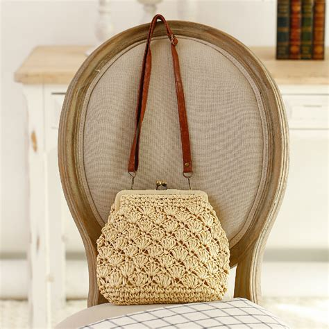 The Gusto Bag Is Shell Shaped Like A Ysl Downtown by Vn 2016 Vintage Straw Weave Bag Hollow Out Shell
