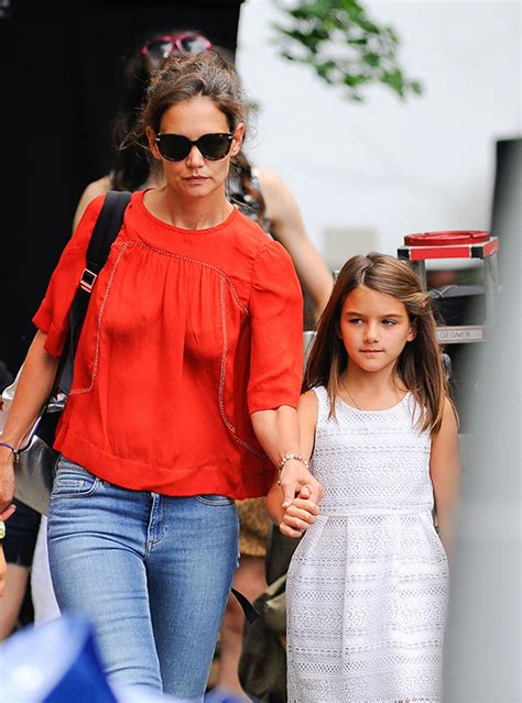 tom cruise and suri 2016 suri tom cruise never talk haven t spoken in 3 years