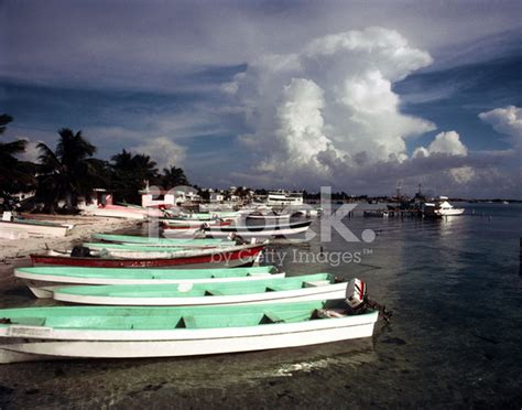 mexican fishing boat mexican fishing boats stock photos freeimages