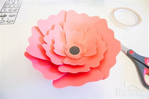 Learn To Make Paper Flowers - learn how to make paper flowers practically