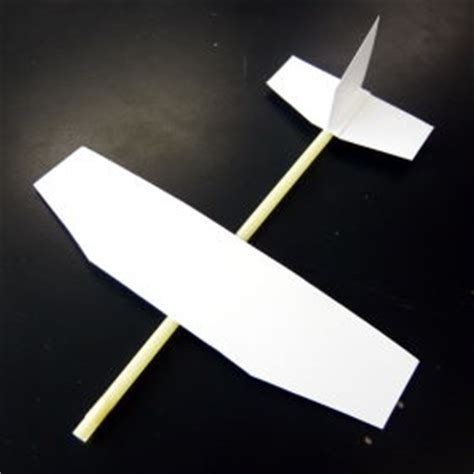 How To Make Fly Paper At Home - 郡山市ふれあい科学館 スペースパーク 科学の広場 夏休みに挑戦しよう おもしろ自由研究 5 よく飛ぶ紙飛行機