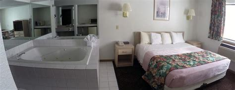 what hotel chains jacuzzis in the room alakai hotel wisconsin dells rooms suites