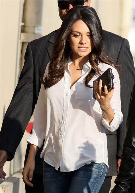 Mila Kunis is a very yummy mummy as she keeps it simple in