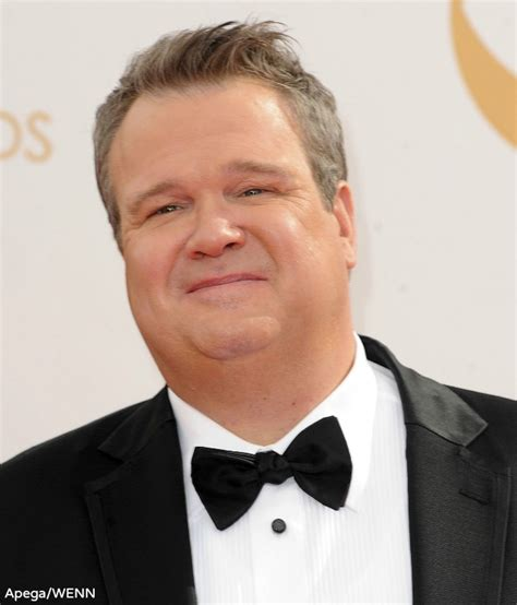 eric stonestreet is eric stonestreet gay in real life modern family s cameron tucker talks about being gay for pay