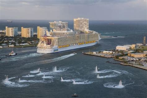 world s largest cruise ship debuts with high energy high top 10 largest cruise ships in 2017