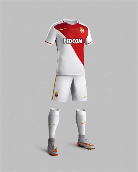 Kaos I You Barcelona Logo 5 V Neck Vnk Bcn37 as monaco 15 16 nike home football shirt 15 16 kits