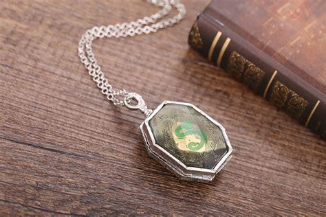 harry potter slytherin locket horcrux pendant necklace