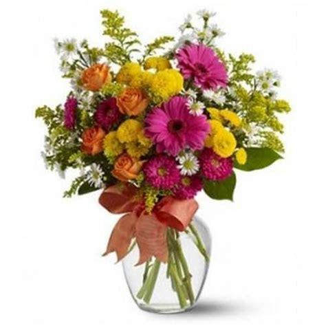 Glass Flowers In Vase Mix Flowers In Glass Vase Myflowergift