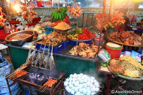 what is the best food on the market vangthong evening food market vientiane shopping