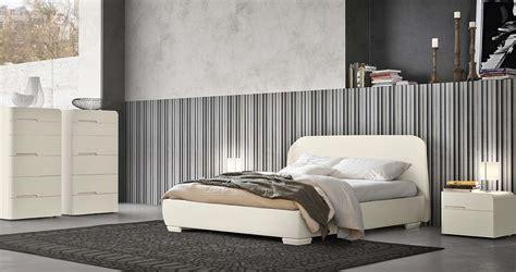 letti eleganti beautiful scopri le camere da letto napol realizzate in