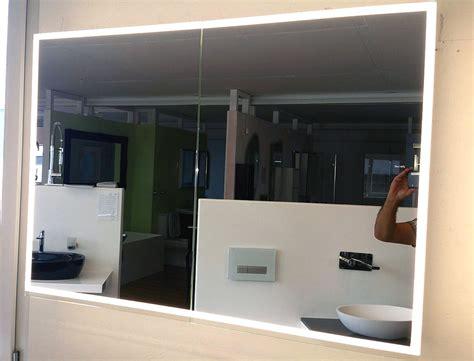 spiegelschrank illuminato von keller breite  cm  tuerig