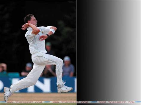 best swing bowler in the world dale steyn bowling action picture top 2 best