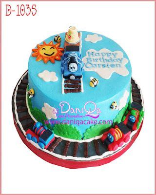 cara membuat kue ulang tahun thomas 25 ide terbaik tentang kue ulang tahun di pinterest kue