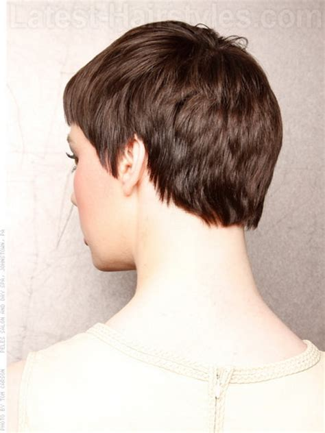 how to cut back of pixie haircut with electric razor back view of pixie haircut