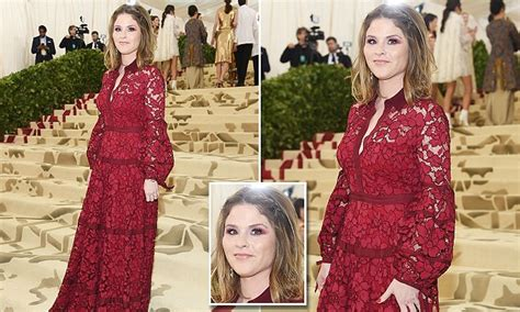 jenna bush make up met gala 2018 jenna bush hager wears red lace and scarlet