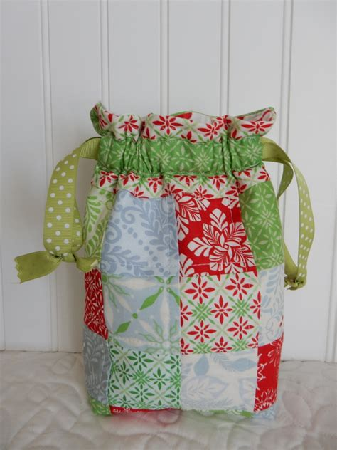 Patchwork Gifts - 9 quilted gifts to make in a flash