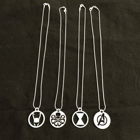 necklaces and key rings type 40