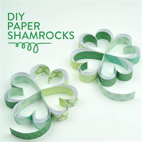 How To Make Paper Shamrocks - diy paper shamrocks barone